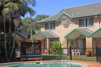 Aqua Villa Holiday Apartments Image