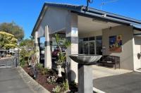 Gale Street Motel & Villas Image