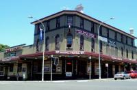 Bondi Shores Hotel Image