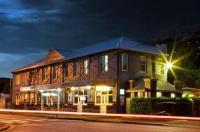 Sunnyside Tavern Image