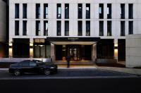 Burbury Hotel Image