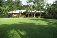 Hibiscus Lodge Bed & Breakfast Image