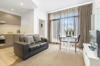 Adelaide DressCircle Apartments - Ward Street Image