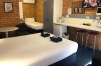 Bosuns Inn Motel Image