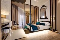 Hotel Dharma Image