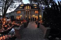 Trojka Hotel És Panzió Image