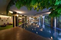 Grand Savero Hotel Image