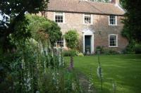 Westgate House & Barn Image