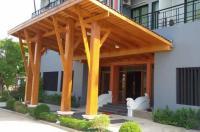 Pairphumburi Hotel Image