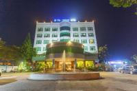 My Tra Riverside Hotel Image