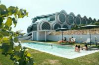 Cava & Hotel Mastinell Image