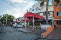 Hotel Veleros Image
