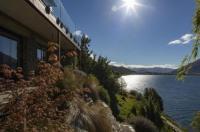 Kohanga Lakeside Villa Image