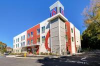 Motel 6 Allentown Image