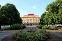 Hotel Akord Image