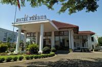Hotel Padang Image