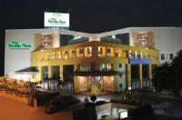 Hotel The Plaza Image