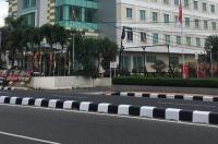 Daima Hotel Padang Image