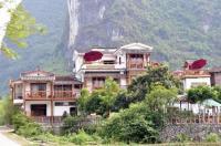 Yangshuo Phoenix Pagoda Fonglou Retreat Image