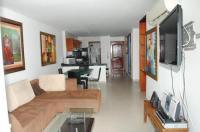 Apartamentos Torres Del Lago Image
