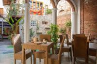 Casa Verde Hotel Image