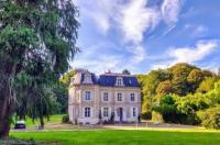 Chateau de Mons Boubert Image