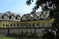 Hotelik Pod Baranami Image