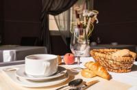 Hotel Restaurant La Croix Verte Image