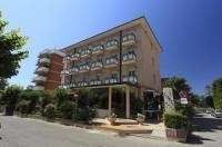 Hotel Conti Image