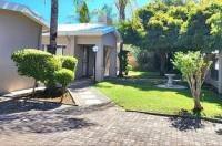 Green Kalahari Guesthouse Image