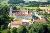 Hotel Kloster Holzen Image