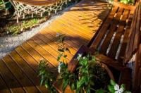 Sunset Strip Eco Apartments Image