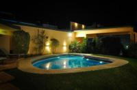 Hotel Corrientes Plaza Image