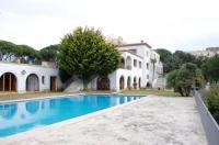 Villa Maricel Image