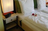 Hotel Golden Dragon Image