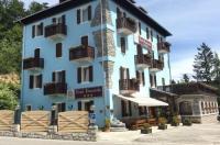 Hotel Romanda Image