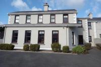 Hillcrest Guest House Image
