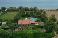 Villa Mirella Beach Image