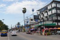 Barfly Pattaya Hotel Image