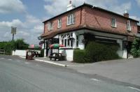Mucky Duck Inn Image