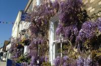 Wisteria House Image