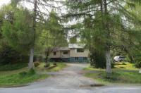 A Tamarack House Image