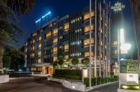 Hotel Beverly Image