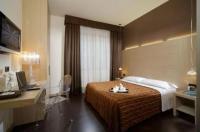Hotel Paris Image