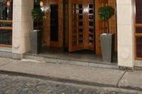 Paramount Hotel Image