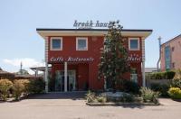 Hotel Break House Image