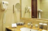 Jiang Men Palace International Hotel Image