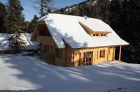 Alpin-Hütten auf der Turracherhöhe Image