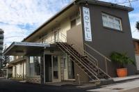 Golden Shores Motel Image