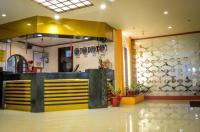 Hotel Sogo Lrt Monumento Stn Image